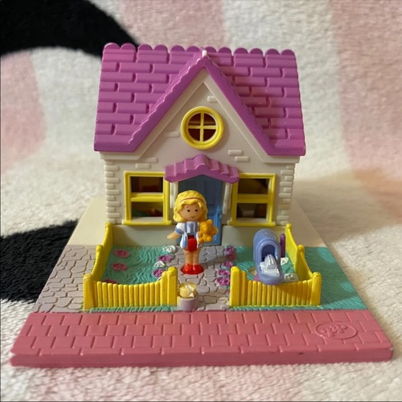 Vintage 1993 Bluebird Polly Pocket Cozy Cottage PLAYSET ONLY
